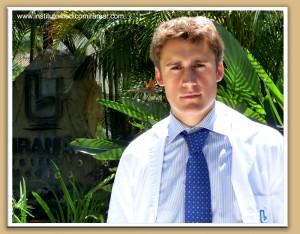 ENTREVISTA: DR. SANTIAGO ELVIRA