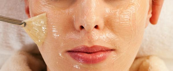 Peeling: la importancia de reparar la piel